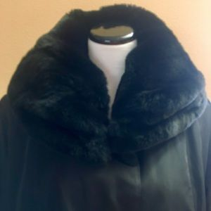 Jackets & Blazers - Mid-length FUR TRIMMED/LINED RAINCOAT.  US:XXL NEW